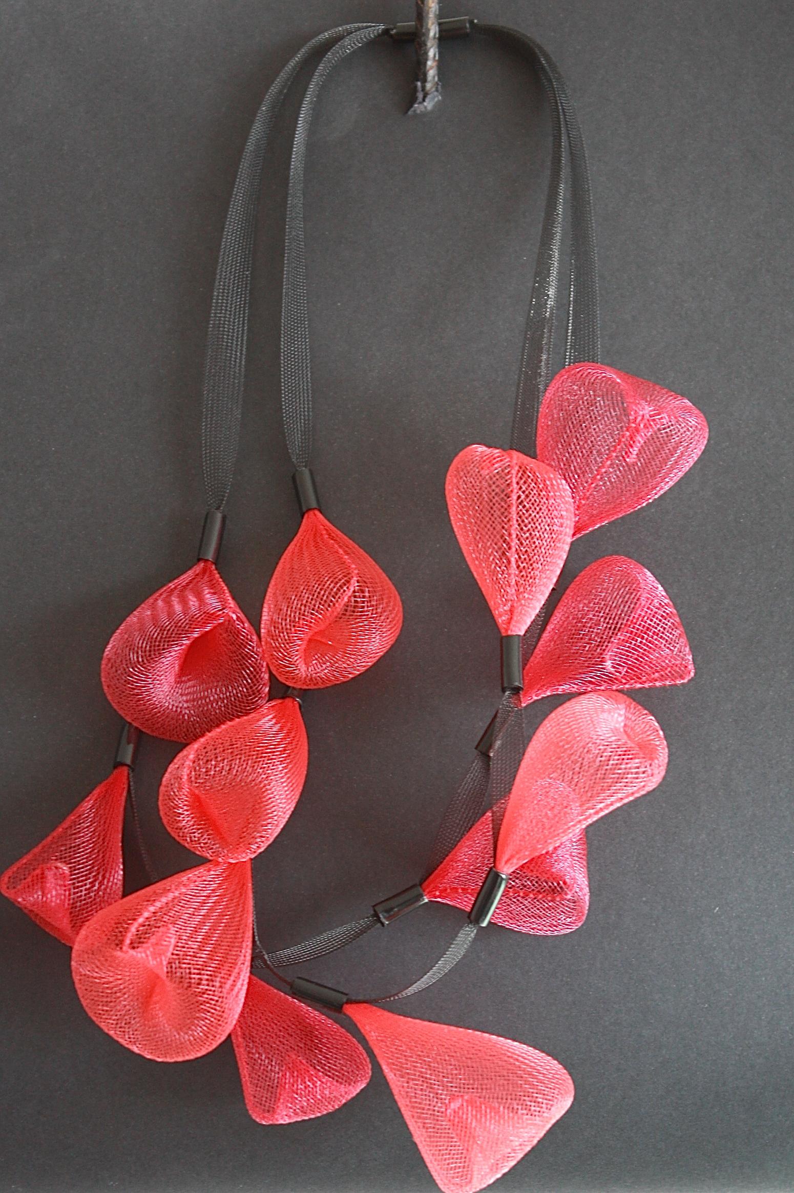 Sautoir perle de pluie rouge